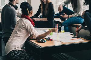 study-group-brainstorming